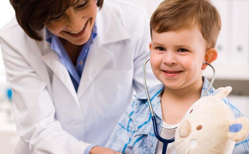 Не хватает прививок, не берут в детский сад