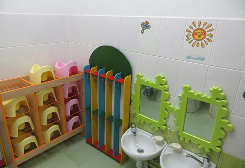 Детская туалетная должна быть обеспечена персональными горшками